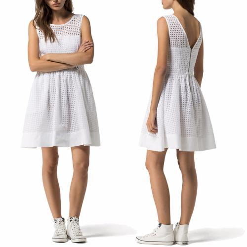 Robe blanche Tommy Hilfiger modèle Gathered Skirt Dress